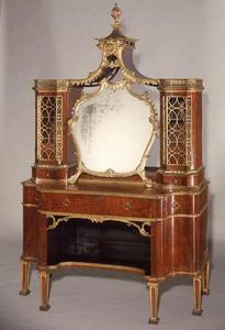 Томас Чиппендейл (англ. Thomas Chippendale; 1718—1779) — крупнейший мастер английского мебельного искусства